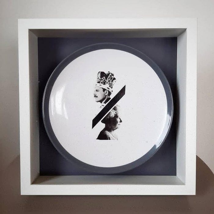 Queens on ceramic plate